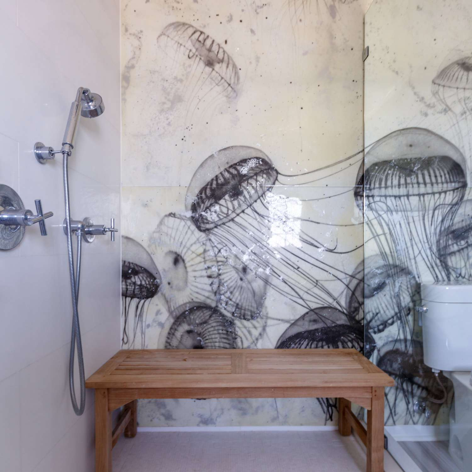 jelly fish wall tile in bathroom