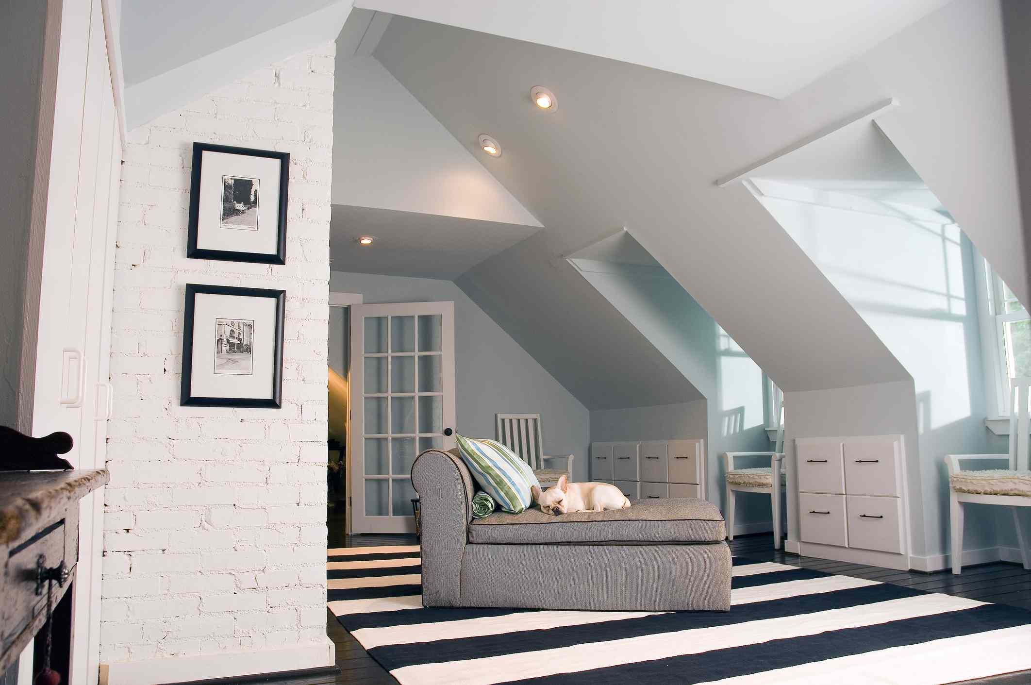 Bedroom vaulted ceiling