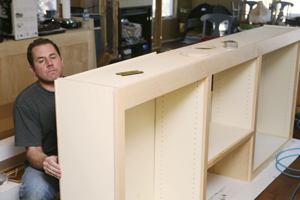 Constructing Cabinets from particle board