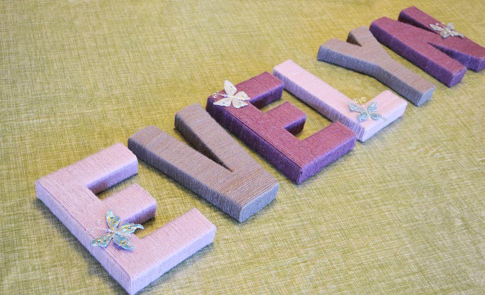 DIY Nursery Art: Yarn-Wrapped Letters