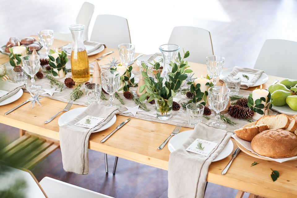 Proper Way to Set a Formal Dinner Table