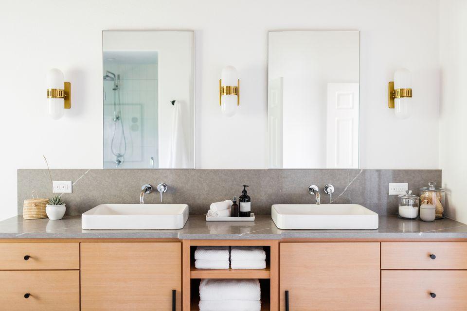 renovación moderna del baño