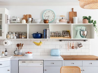 decor above kitchen cabinets