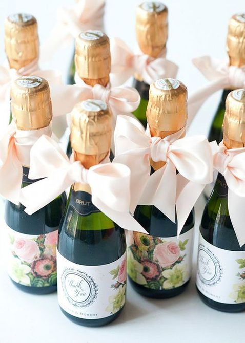 Mini botellas de champán para favor de boda