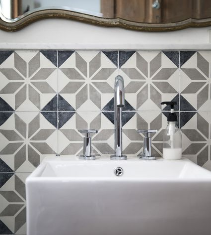 The Four Laws of Tiling—Kitchen & Bathroom Tiles