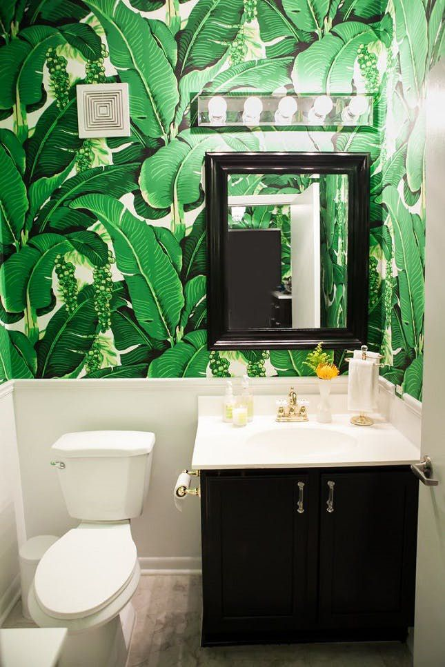 11 Pretty Brilliant Ways to Decorate Your Powder Room