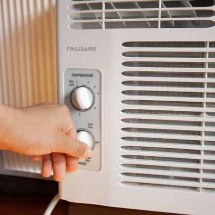 Frigidaire FFRA0511R1 Air Conditioner