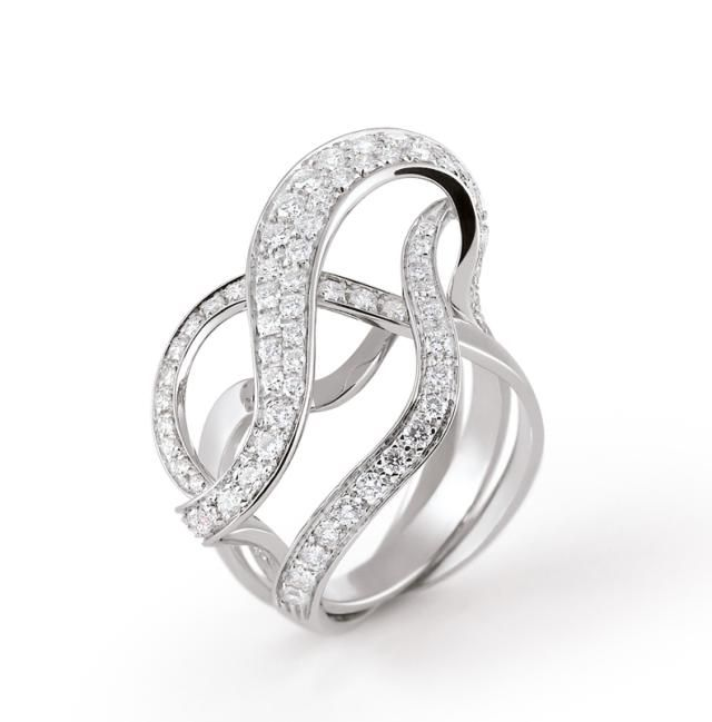 Swirls of Diamond Sparkle