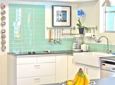 Amazing Design Ideas For Kitchen Backsplashes - Colorful subway tiles for a backsplash