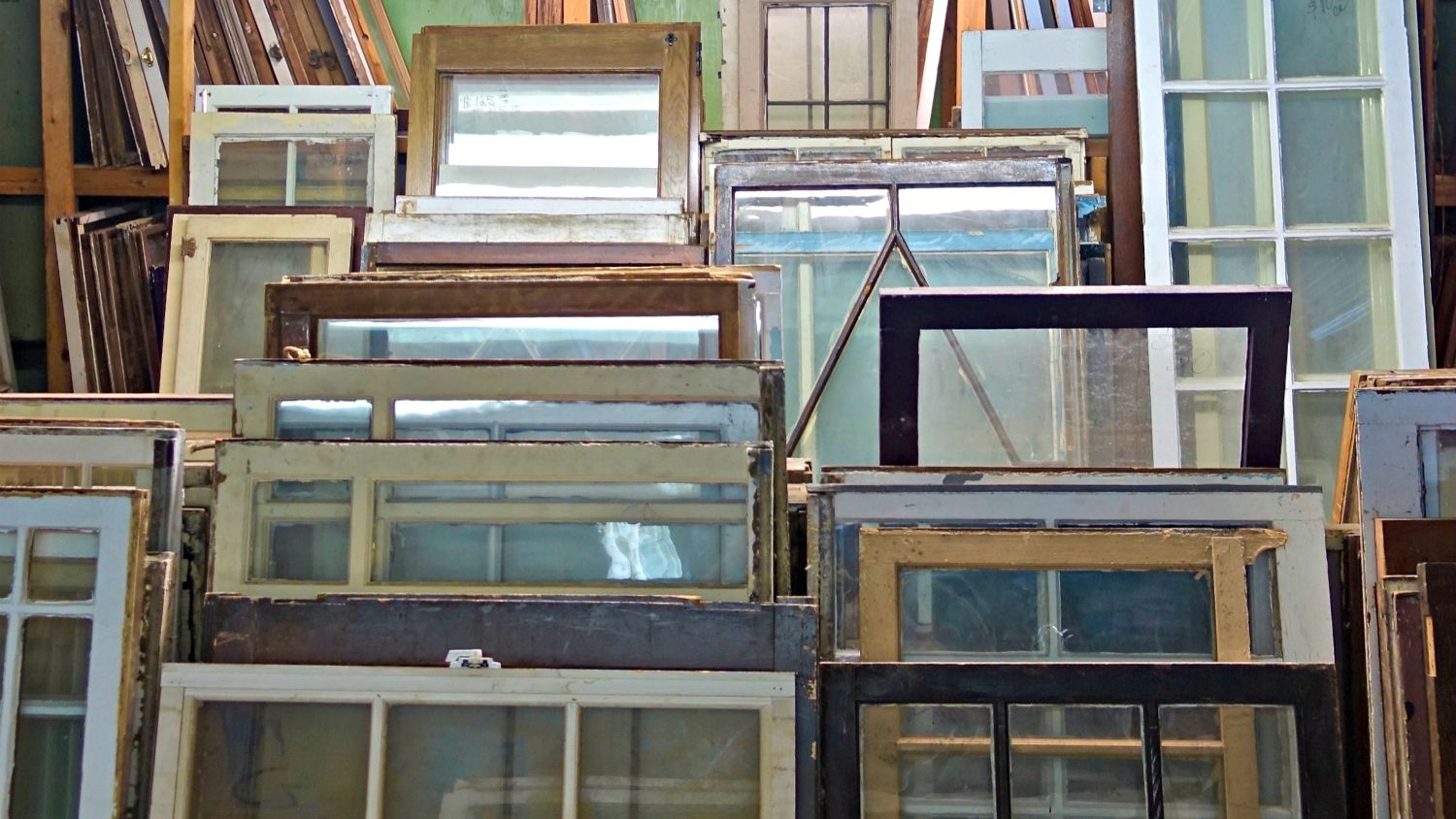 decorative windows for houses.htm how to recycle old windows as decor  how to recycle old windows as decor