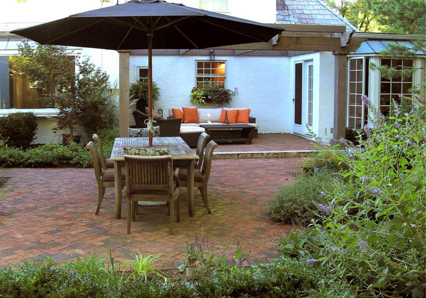 ideas históricas de patio pequeño
