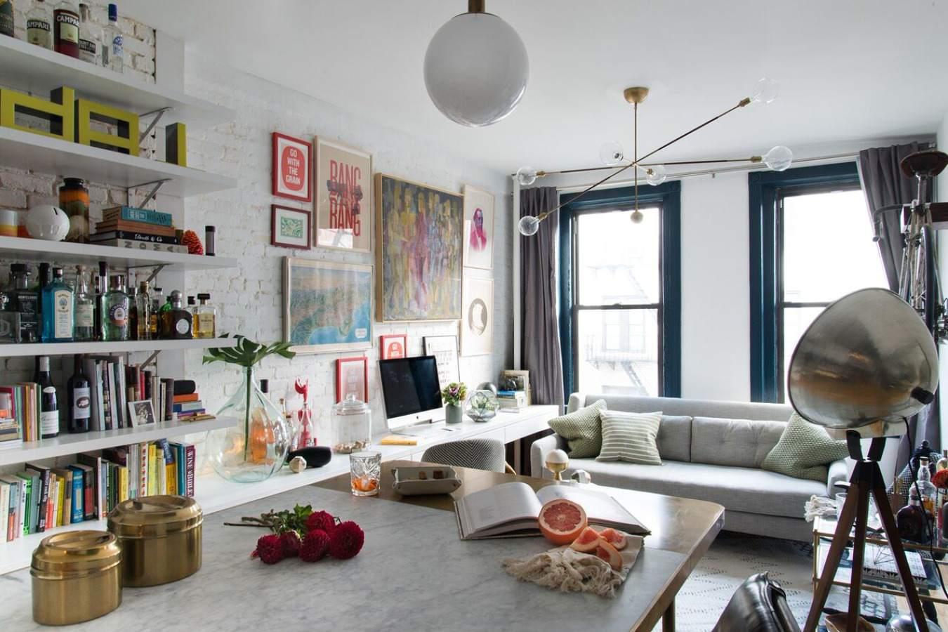 Pequeño apartamento con un borde maximalista