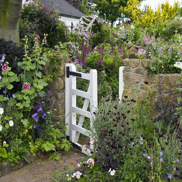 Designing A Cottage Garden, Ideas For A Cottage Garden Border