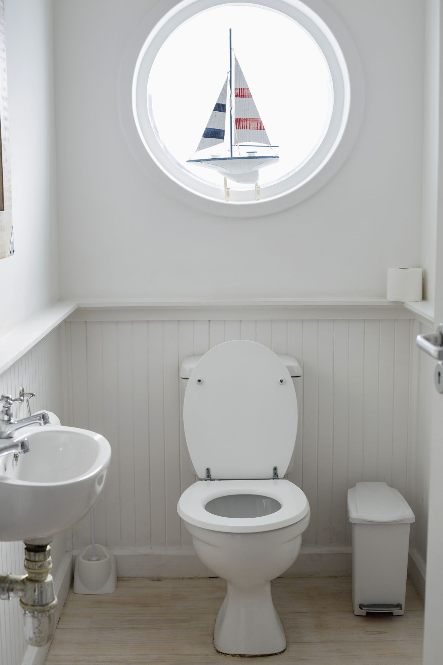 Half-Bath Ideas: How to Make This Tiny Space Shine