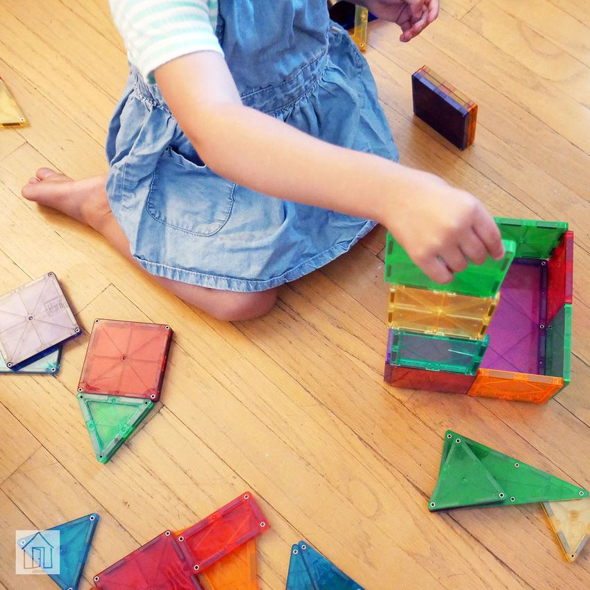 Magna-Tiles Clear Colors 100-Piece Set