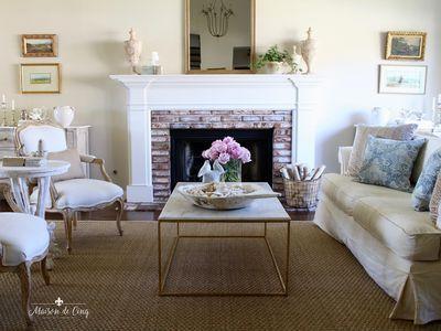 14 Farmhouse Style Living Room Tips