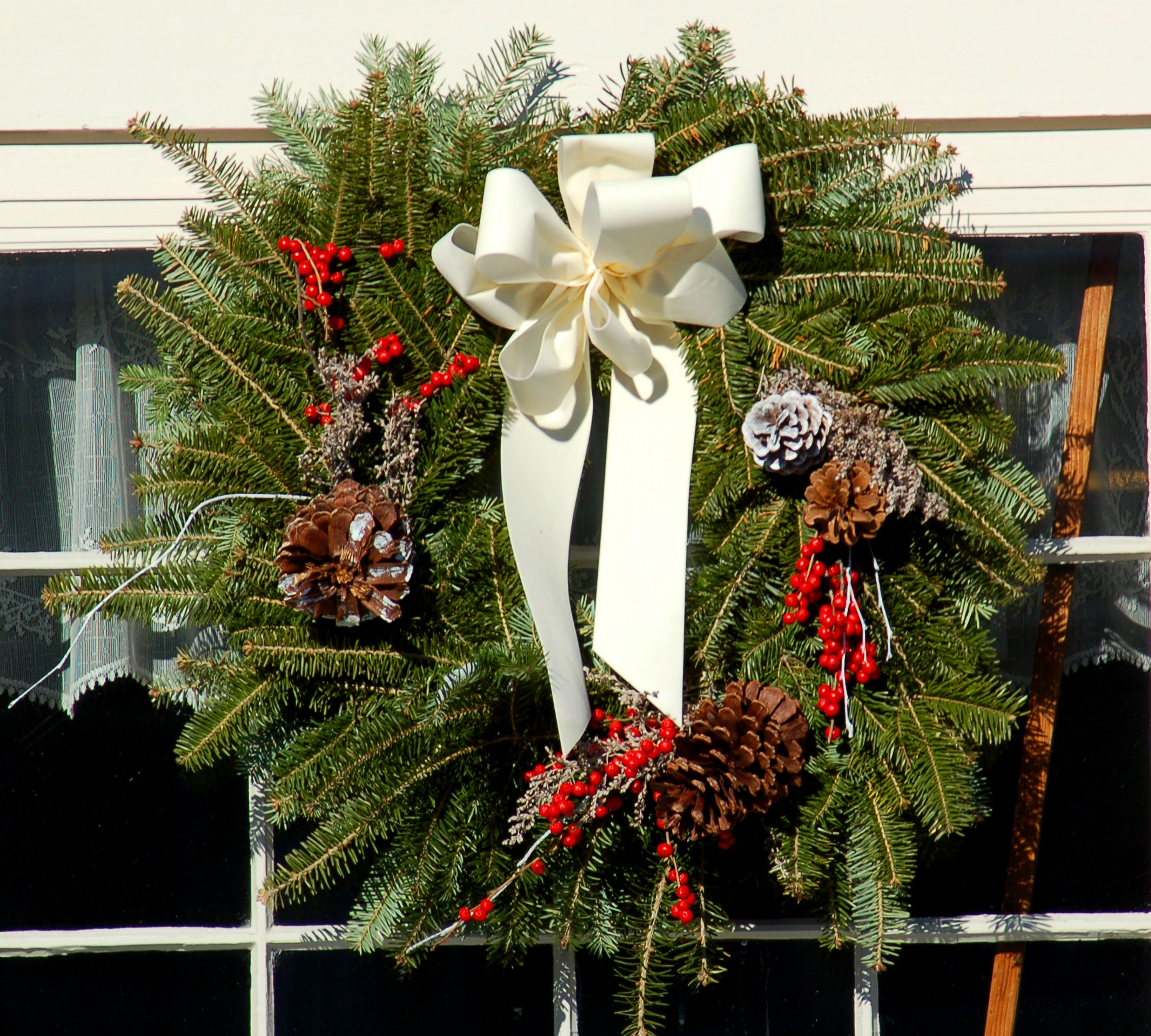 10 Natural Outdoor Christmas Decoration Ideas