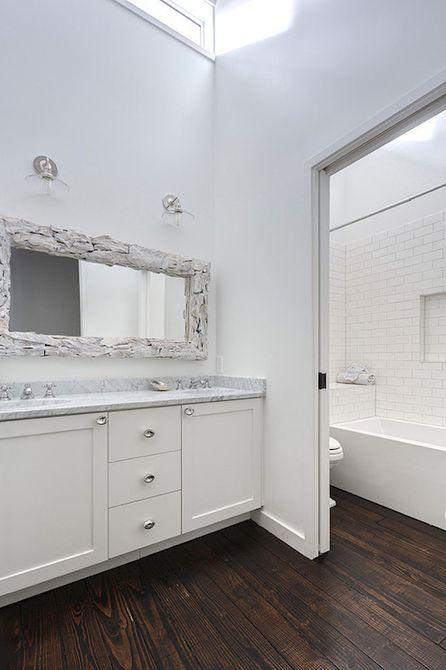 diseño de baño principal blanco