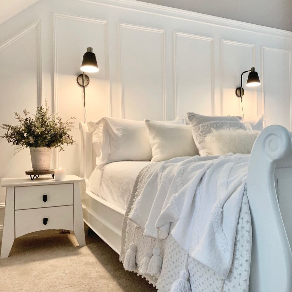 sleigh bed and curved nightstand
