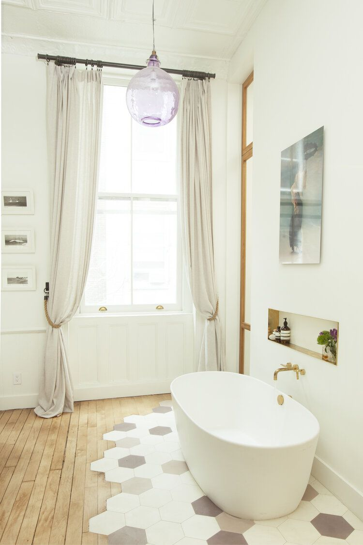 What is a garden tub?