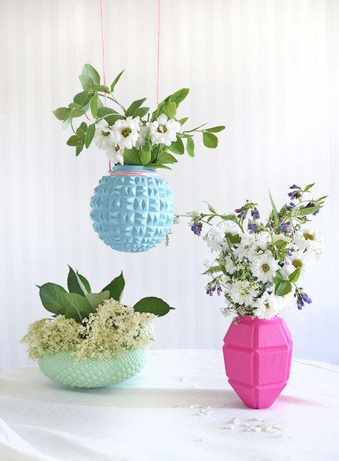 Floreros de pantalla reciclados