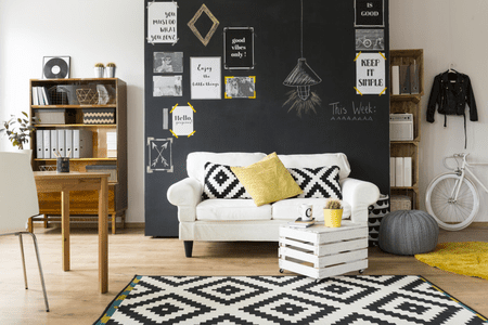 16 living rooms with accent walls