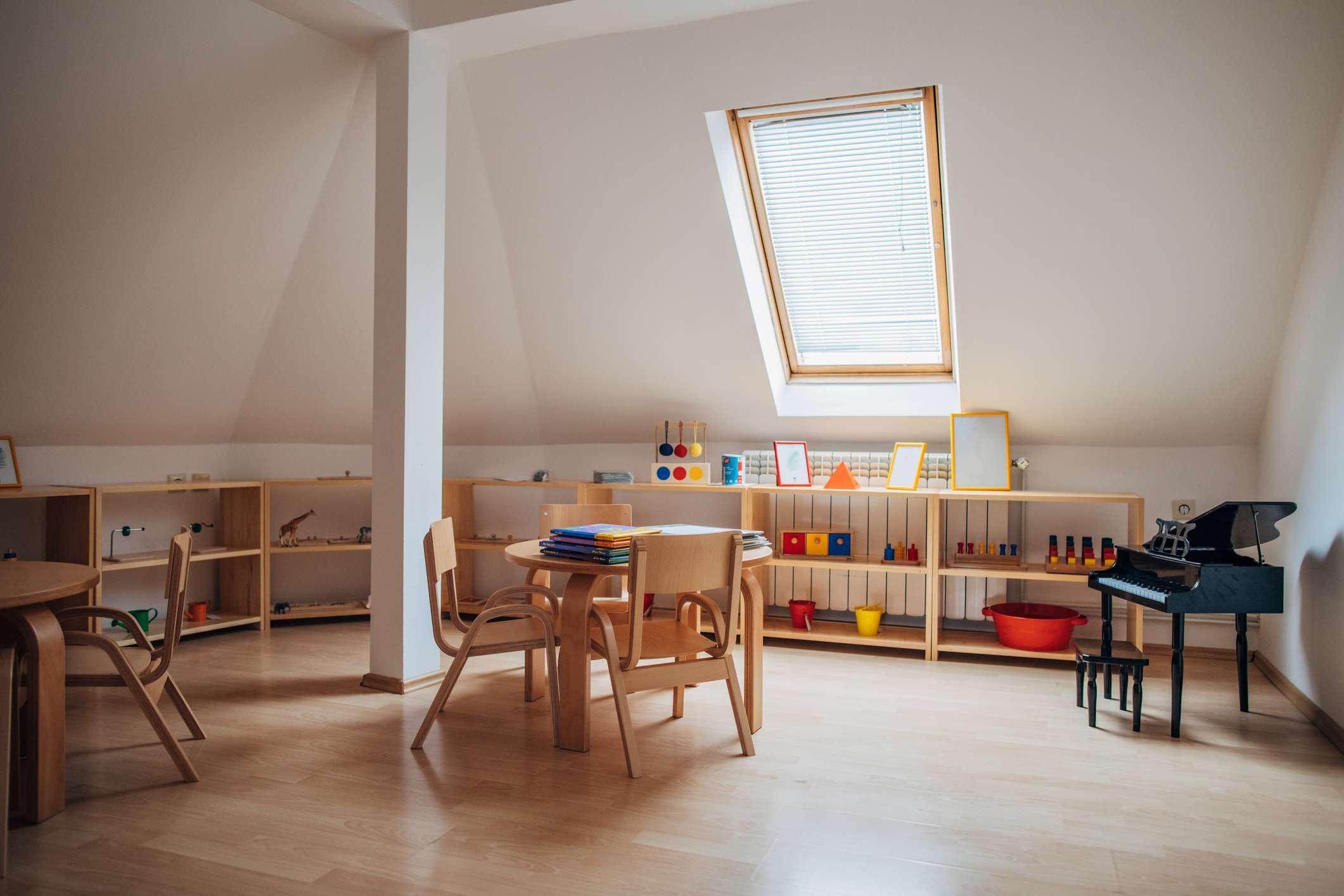 A kids play room with a skylight.