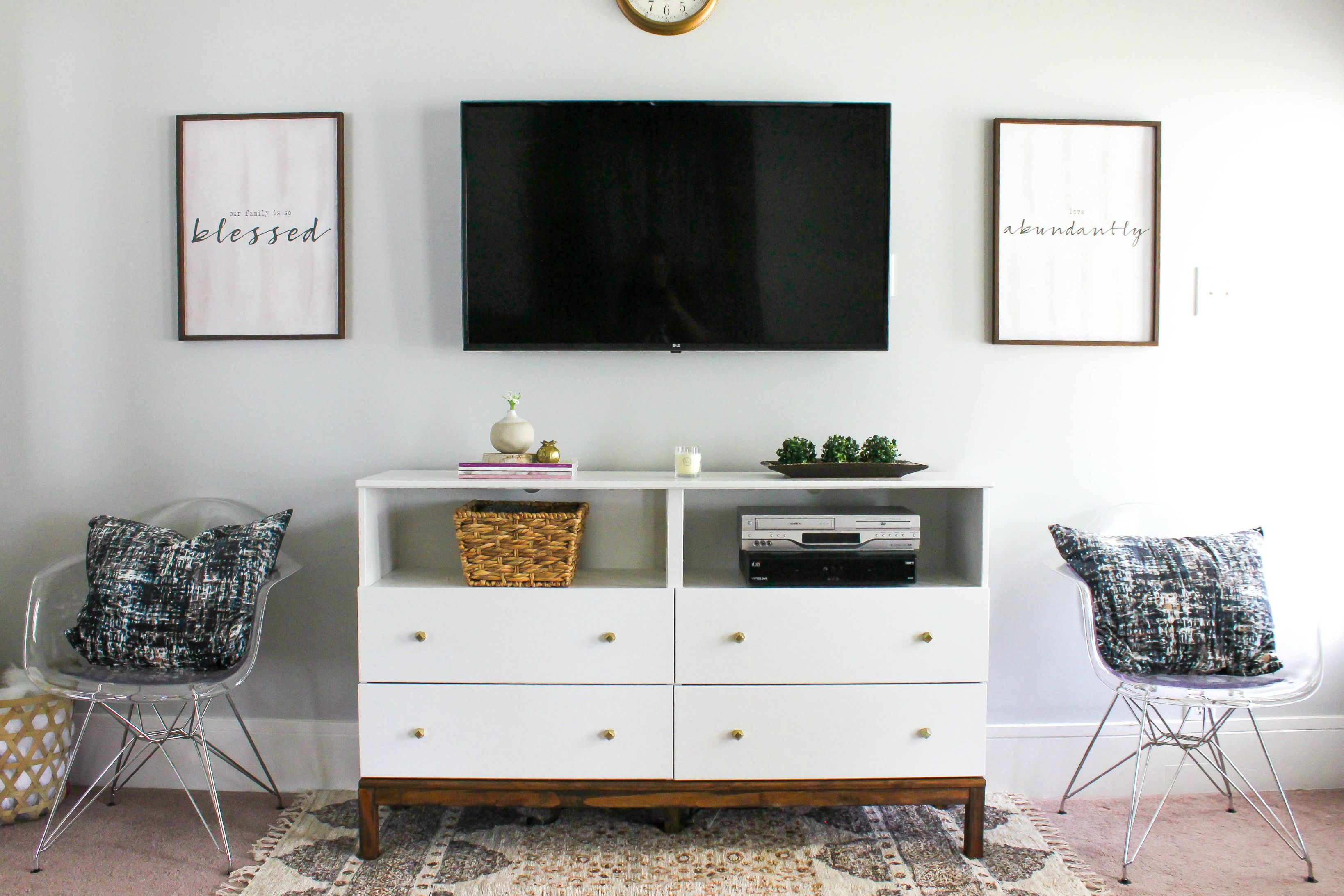 6 Ways To Make Your Own Tv Stand To Hide Ugly Cable Boxes