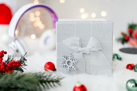 What Are Good Christmas Gifts For Young Adults And Millenials