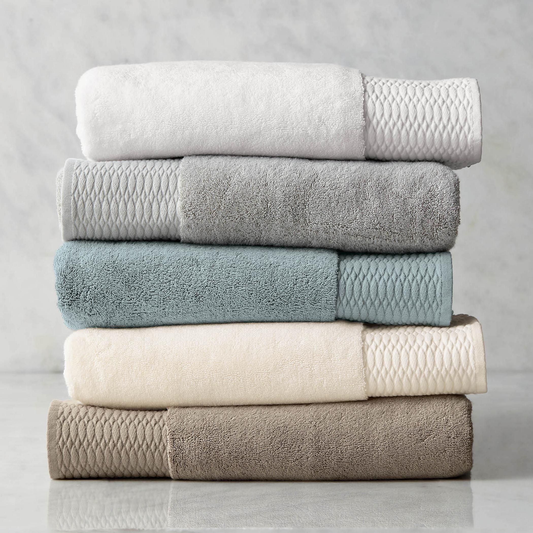 Everything You Need To Know About Buying Bath Towels
