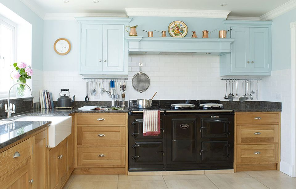 11 Gorgeous Country Kitchens for Your Decorating Inspiration