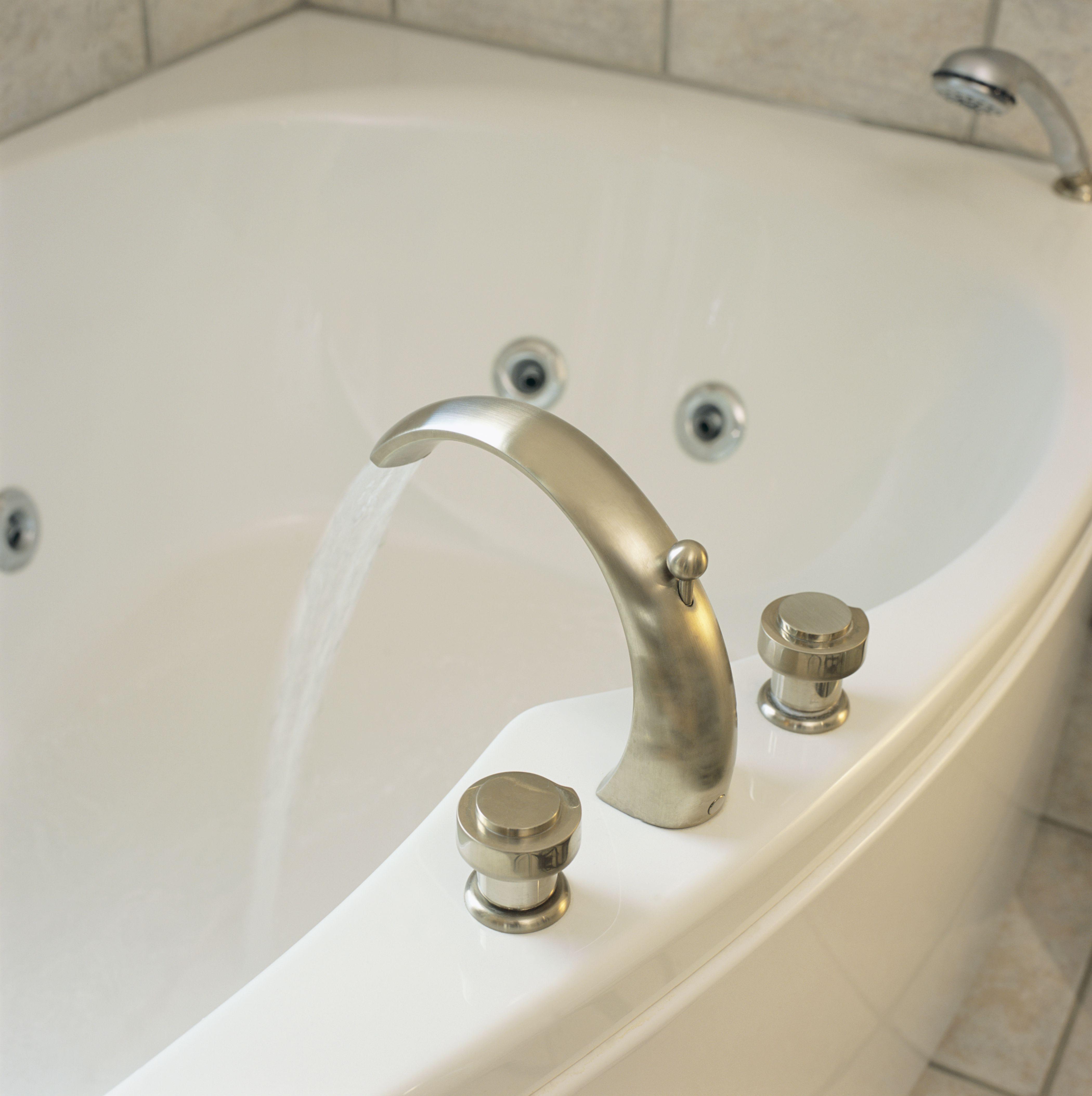 Bathroom Shower Leaking: How To Fix A Leaky Bathtub Overflow Tube