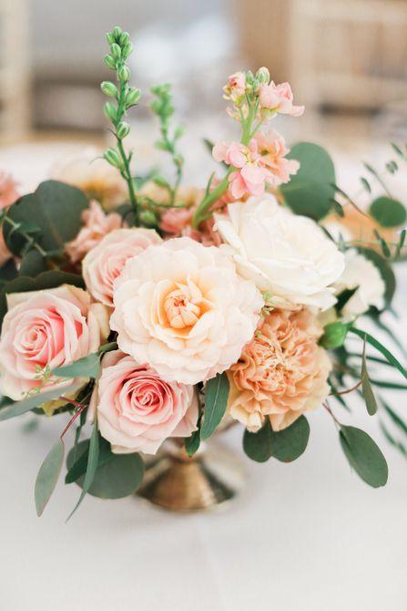 Stock Centro de mesa de boda de primavera