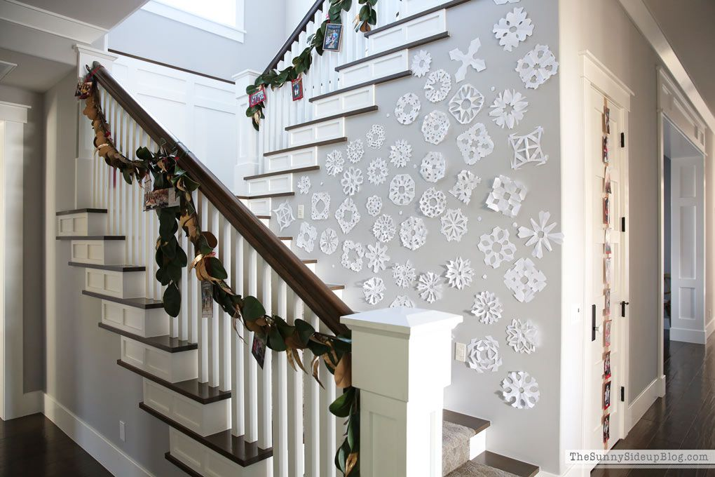 75 Most Popular Staircase Design Ideas For 2019: 9 Beautiful Staircase Decorations For Christmas