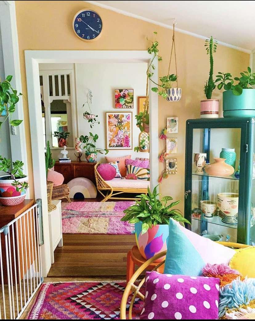 Rooms with bright neon decor
