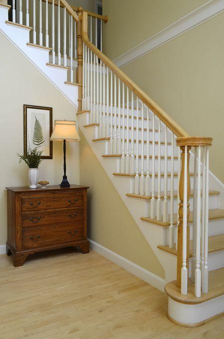 Designer S Top 10 Foyer Paint Colors Monroe Bisque