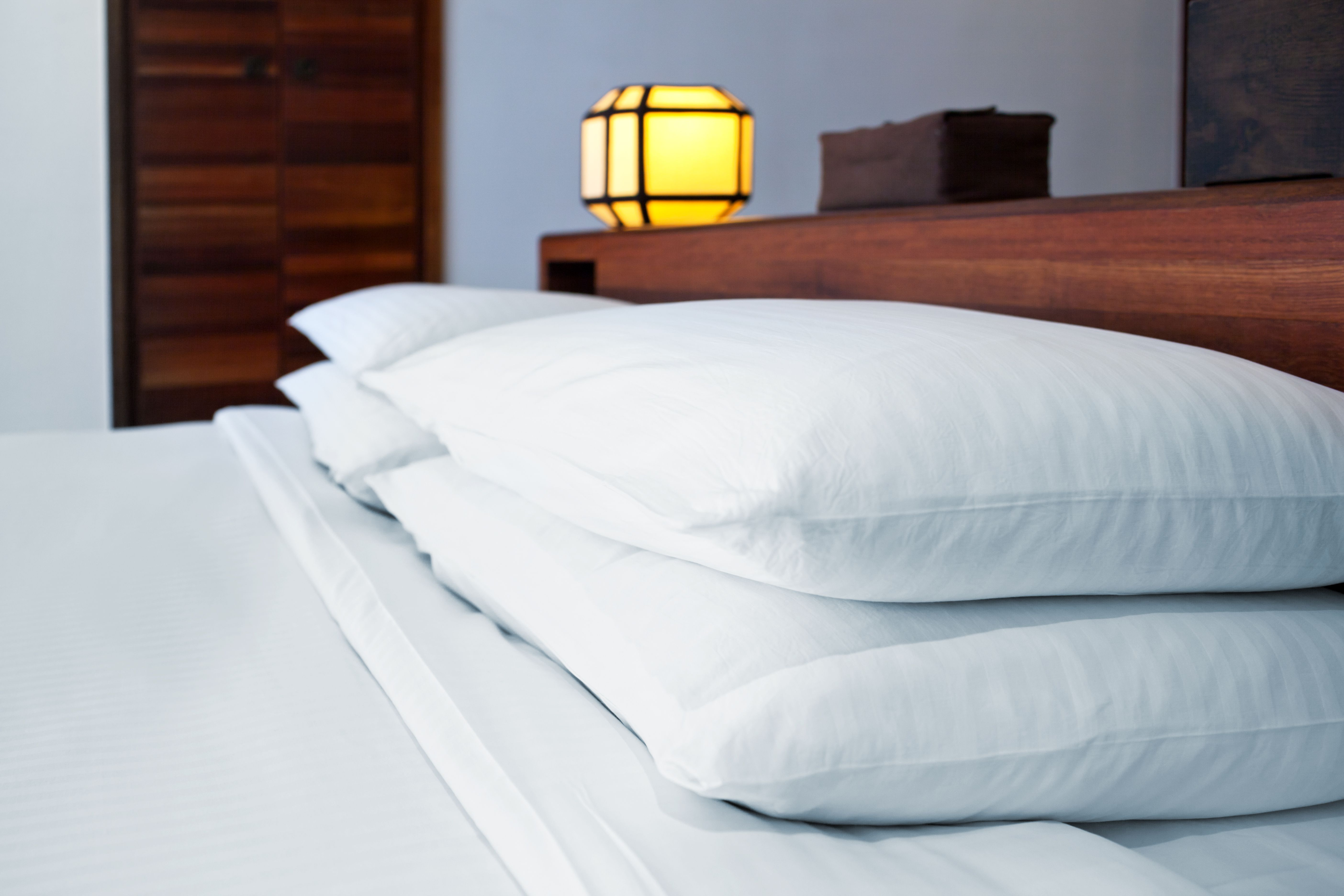 How To Wash Polyester Filled Bed Pillows