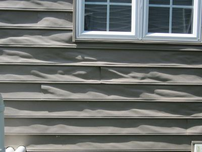 repairing vinyl siding damage