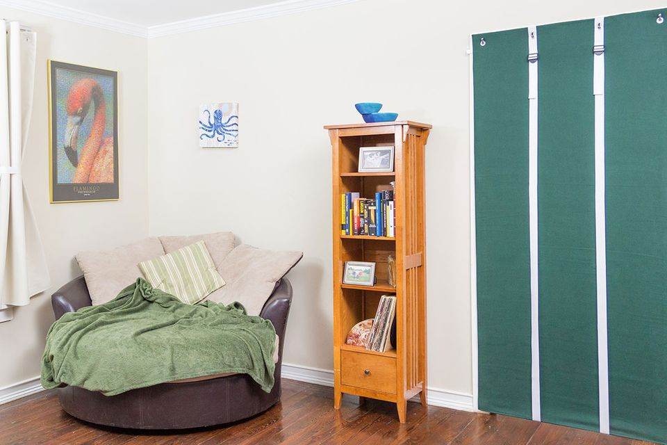 Easy Ways Soundproof Your Room Apartment