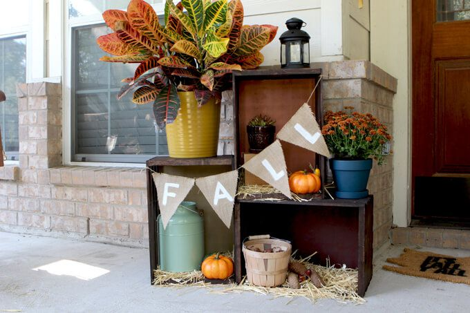 13 Cheap Cute Fall Front Porch Decorating Ideas