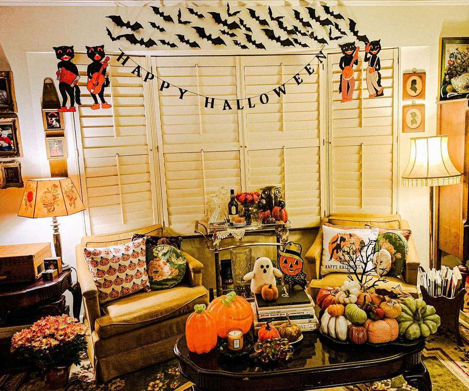 Living room is just one room decorated with retro items.
