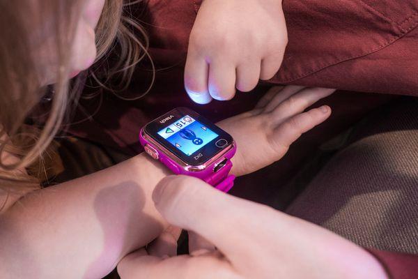 VTech Kidizoom Smartwatch DX2