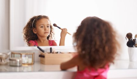 Best Pretend Makeup Kit for Younger Children
