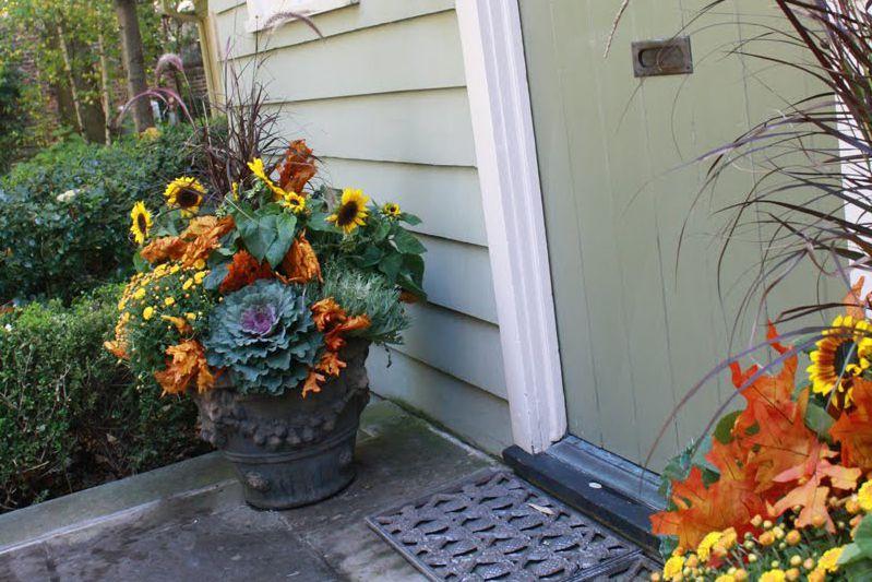 Jardineras de urnas florales de otoño