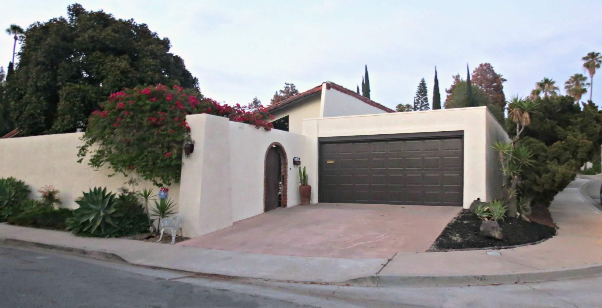 diseños de puertas de garaje