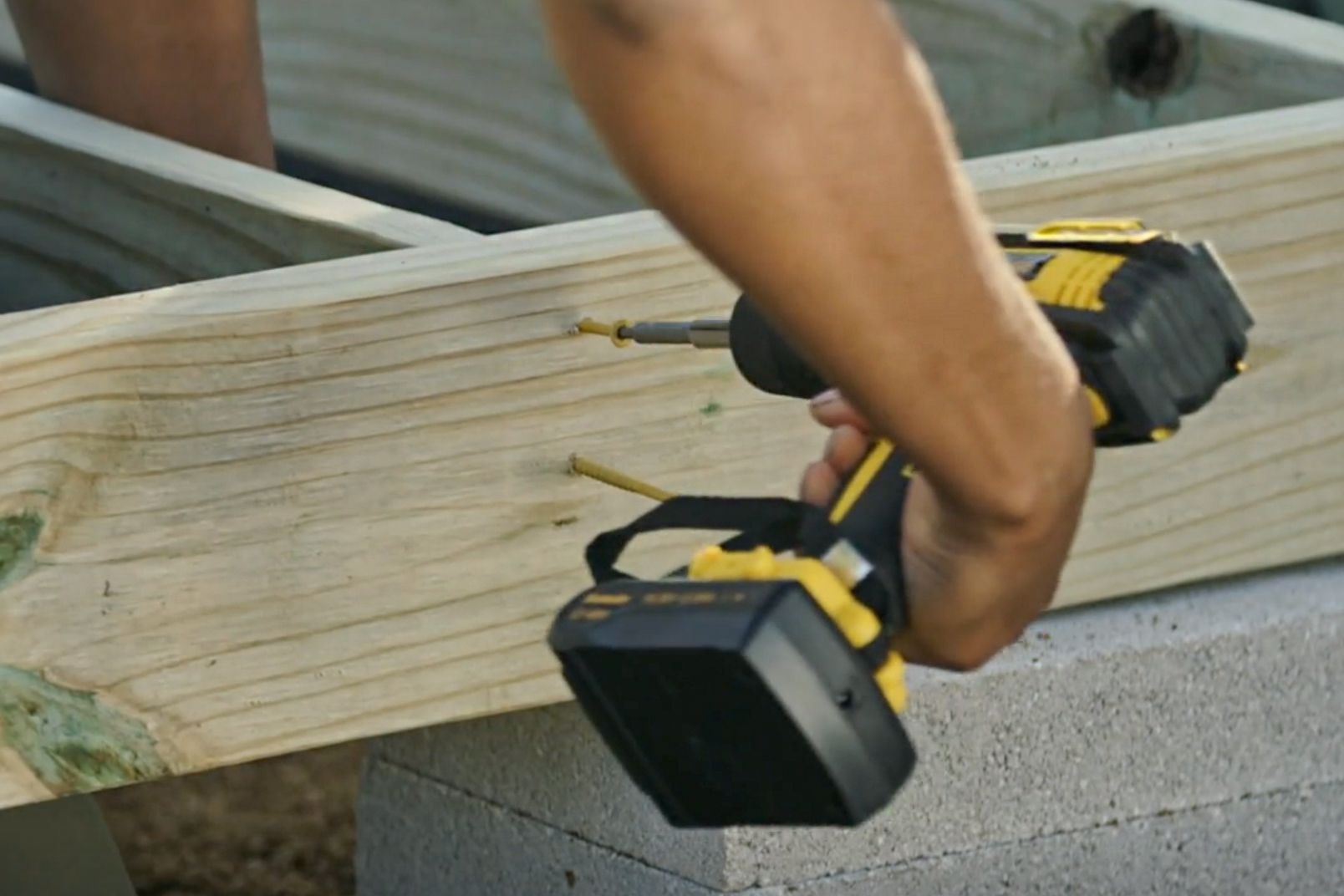 Attaching the remaining joists