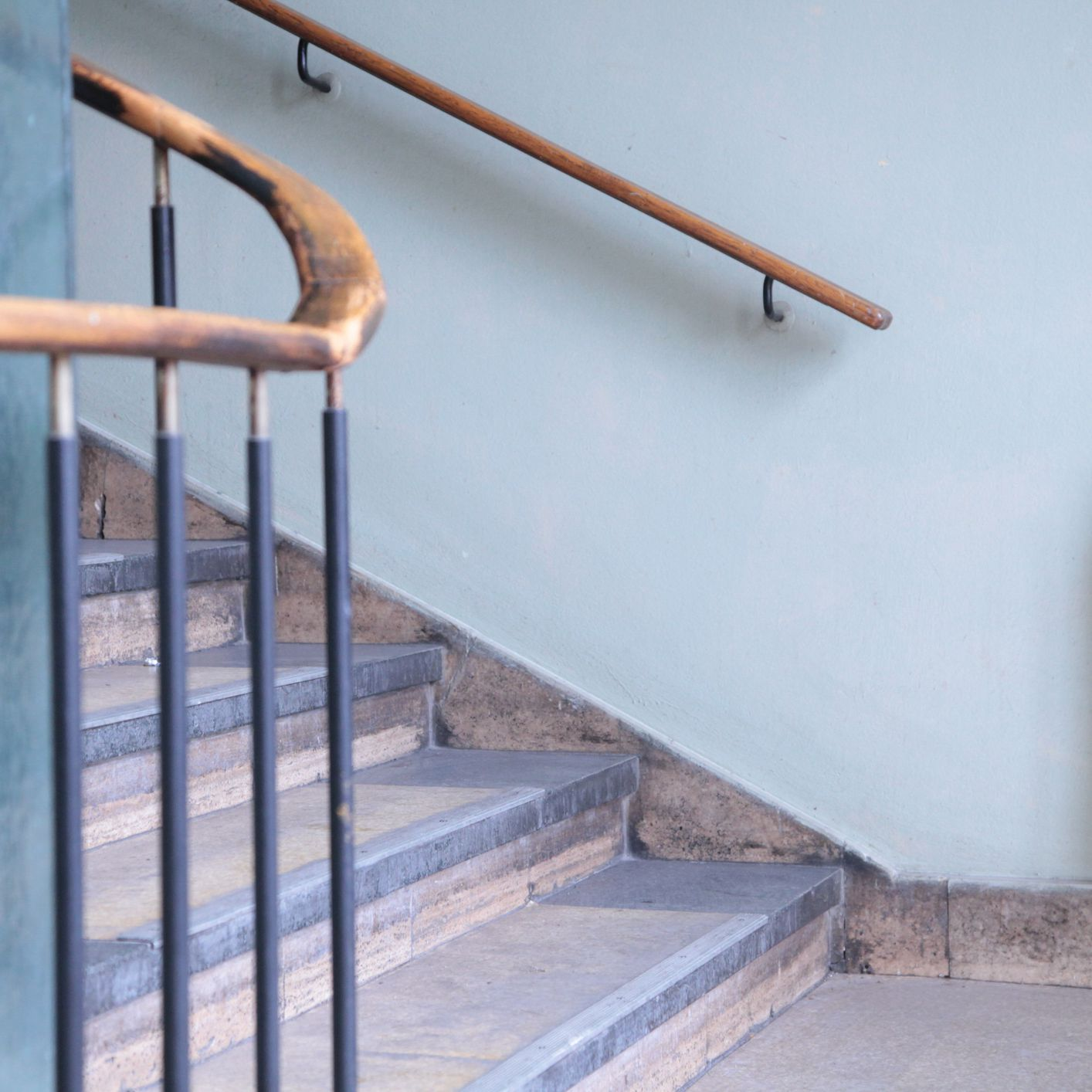 Stair Railing And Guard Building Code Guidelines