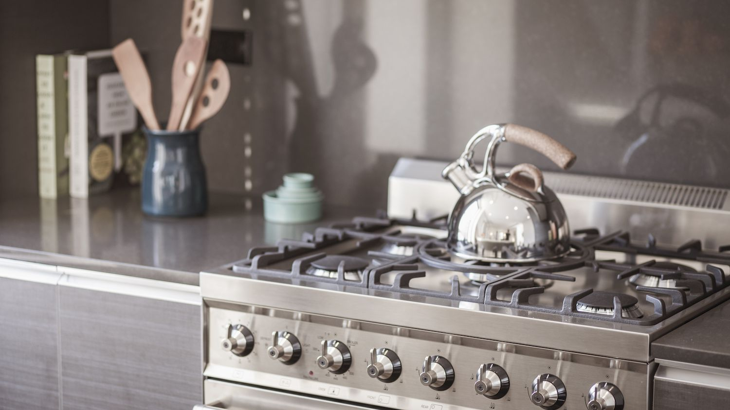 - Slide-In Vs Drop-In Cooking Ranges: What's The Difference?
