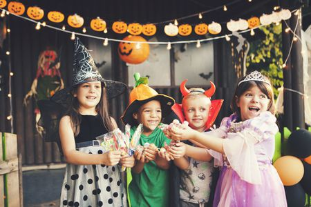 9 Kid-Friendly Halloween Party Games