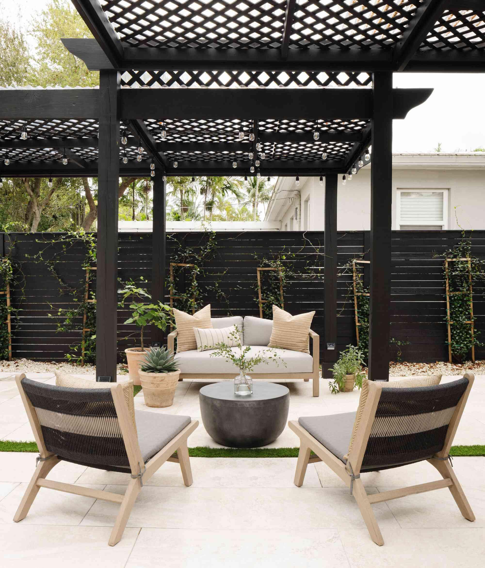 Calimia Home privacy fence